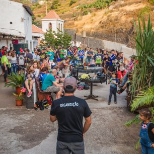 Sandokan Enduro 2017-51 afterparty terrace speech